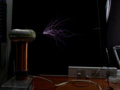 Tesla coil SSTC sparks 5