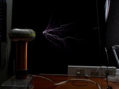 Tesla coil SSTC sparks 9