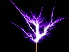 Tesla coil SSTC sparks closeup 7