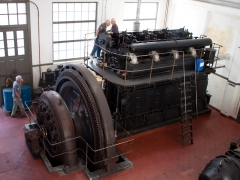 Thrige diesel engine generator overview