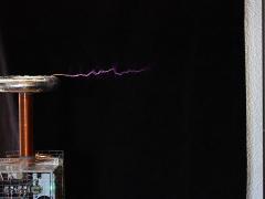 Tesla coil DRSSTC sparks