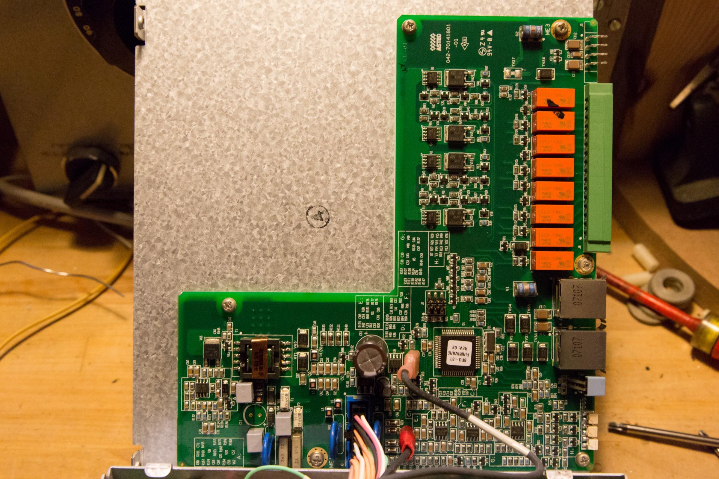 Ericsson RBS 2216 900 MHz base station teardown | Kaizer