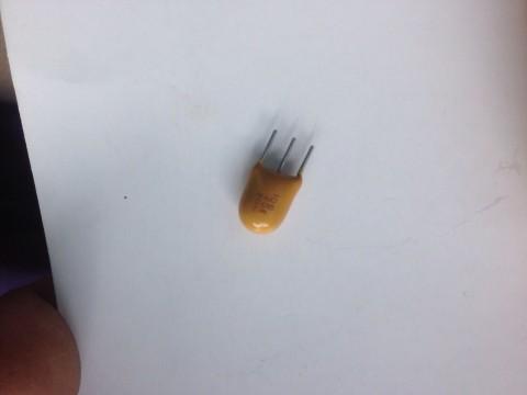 3 legged capacitor