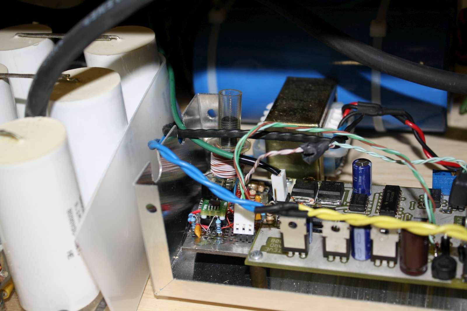 CM300 DRSSTC phase lead driver