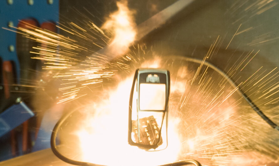 Nokia 6230 Exploding in Slow Motion 1000fps
