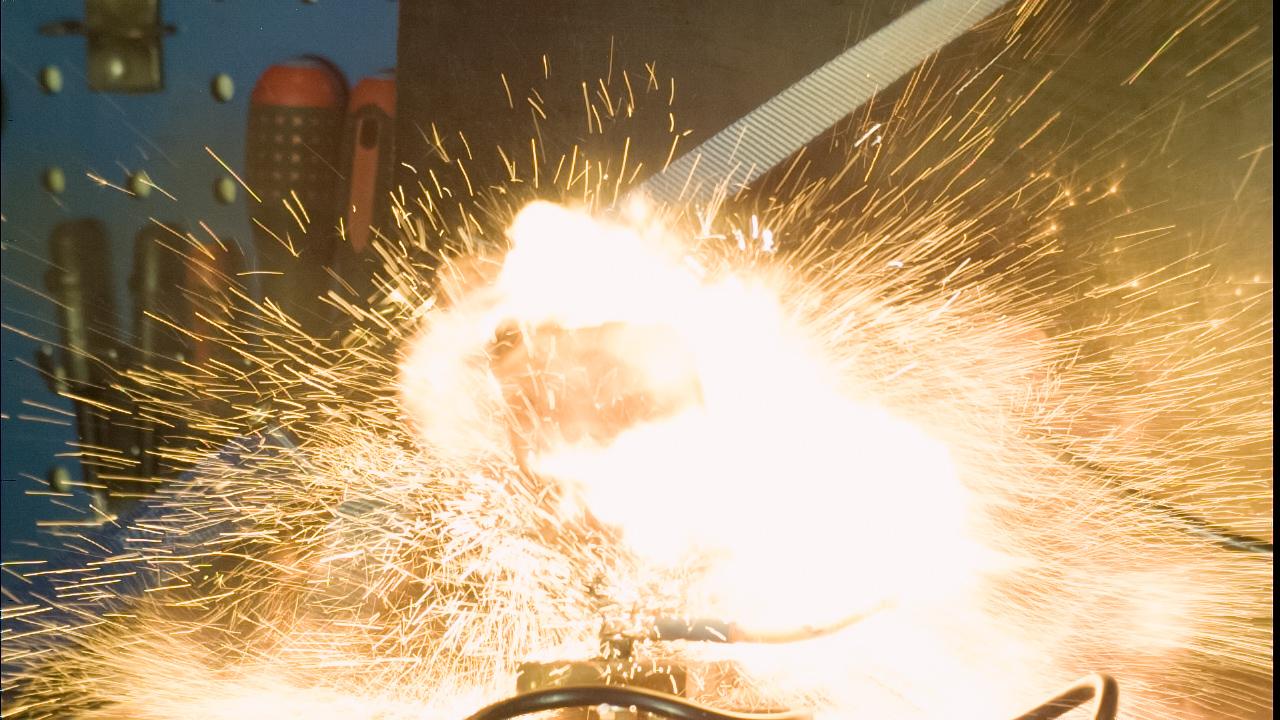 samsung omnia b7330 pro explodes
